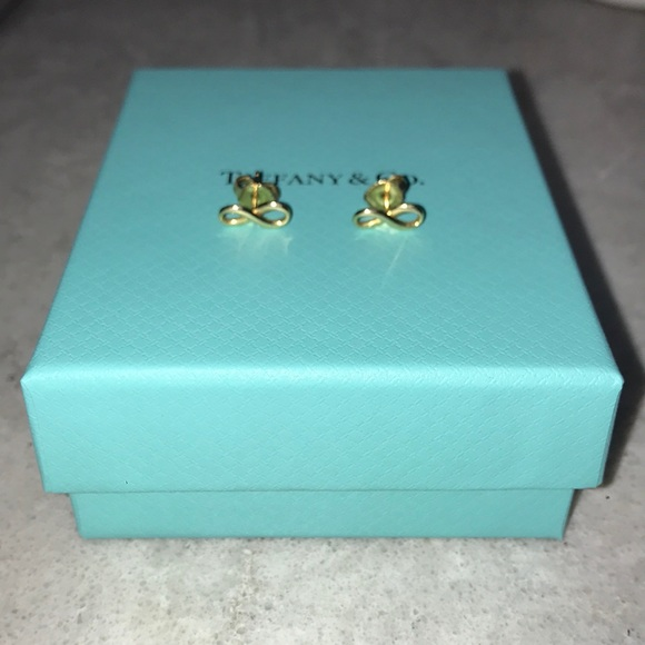 c23a07dfbb18c Tiffany Infinity Gold Earrings. M 5b4973431b329469b25d544b